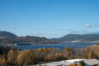 "Photo 16: 2102 235 GUILDFORD Way in Port Moody: North Shore Pt Moody Condo for sale in ""SINCLAIR"" : MLS®# R2321174"