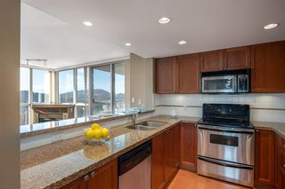 "Photo 2: 2102 235 GUILDFORD Way in Port Moody: North Shore Pt Moody Condo for sale in ""SINCLAIR"" : MLS®# R2321174"
