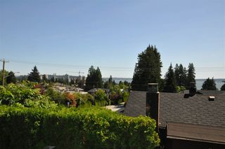 Photo 3: 1537 24TH Street in West Vancouver: Dundarave House for sale : MLS®# R2325799