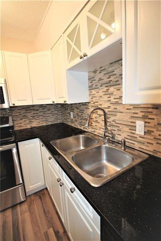Photo 8: 3631 27A Avenue SE in Calgary: Dover Semi Detached for sale : MLS®# C4220827