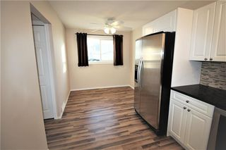 Photo 10: 3631 27A Avenue SE in Calgary: Dover Semi Detached for sale : MLS®# C4220827