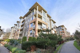 "Photo 15: G09 139 W 22ND Street in North Vancouver: Central Lonsdale Condo for sale in ""ANDERSON WALK"" : MLS®# R2334018"