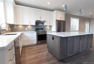 Photo 12: 925 Peace Keeping Crescent in VICTORIA: La Walfred Single Family Detached for sale (Langford)  : MLS®# 406039