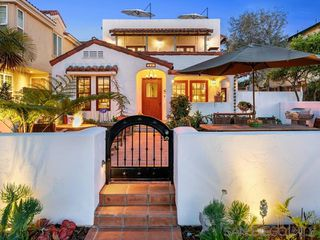 Main Photo: CORONADO VILLAGE House for sale : 4 bedrooms : 831 H Ave in Coronado
