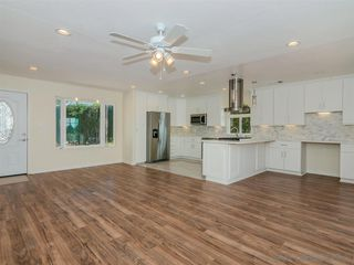 Photo 6: SERRA MESA House for sale : 3 bedrooms : 8405 Fireside Ave in San Diego