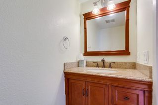 Photo 9: LEMON GROVE House for sale : 3 bedrooms : 2095 BERRYLAND CT