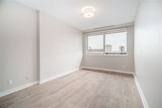 "Photo 12: 1102 1177 HORNBY Street in Vancouver: Downtown VW Condo for sale in ""LONDON PLACE"" (Vancouver West)  : MLS®# R2356455"