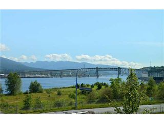 "Photo 13: 2903 WALL Street in Vancouver: Hastings Sunrise Townhouse for sale in ""AVANT"" (Vancouver East)  : MLS®# R2365112"