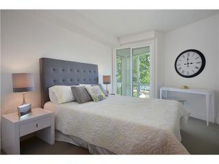 "Photo 15: 2903 WALL Street in Vancouver: Hastings Sunrise Townhouse for sale in ""AVANT"" (Vancouver East)  : MLS®# R2365112"