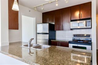 Photo 6: 2202 688 ABBOTT Street in Vancouver: Downtown VW Condo for sale (Vancouver West)  : MLS®# R2369414