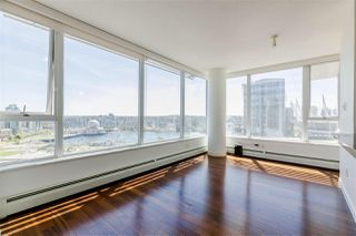 Photo 5: 2202 688 ABBOTT Street in Vancouver: Downtown VW Condo for sale (Vancouver West)  : MLS®# R2369414