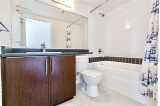 Photo 11: 2202 688 ABBOTT Street in Vancouver: Downtown VW Condo for sale (Vancouver West)  : MLS®# R2369414