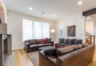 Photo 11: 9803 84 Street in Edmonton: Zone 19 House for sale : MLS®# E4160149