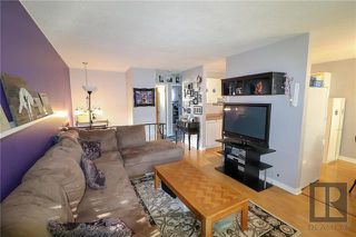 Photo 2: 153 Summerfield Way in Winnipeg: North Kildonan Residential for sale (3G)  : MLS®# 1915684