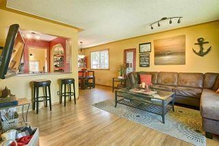 Photo 3: 16613 90 Avenue in Edmonton: Zone 22 House for sale : MLS®# E4161590