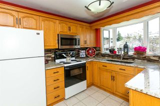 Photo 9: 16613 90 Avenue in Edmonton: Zone 22 House for sale : MLS®# E4161590