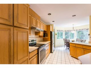 Photo 3: 1307 CAMELLIA Court in Port Moody: Mountain Meadows House for sale : MLS®# R2380794