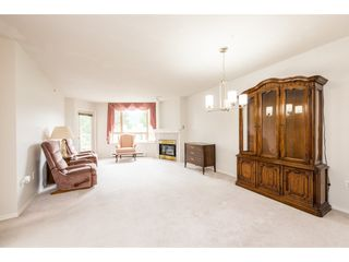 "Photo 6: 601 1199 EASTWOOD Street in Coquitlam: North Coquitlam Condo for sale in ""SELKIRK"" : MLS®# R2382316"