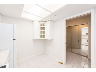 "Photo 5: 601 1199 EASTWOOD Street in Coquitlam: North Coquitlam Condo for sale in ""SELKIRK"" : MLS®# R2382316"