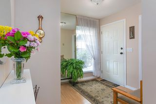 "Photo 3: 1605 AUGUSTA Avenue in Burnaby: Simon Fraser Univer. Townhouse for sale in ""Cameray Place"" (Burnaby North)  : MLS®# R2385286"