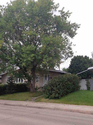 Photo 3: 11316 40 Avenue in Edmonton: Zone 16 House Half Duplex for sale : MLS®# E4164682