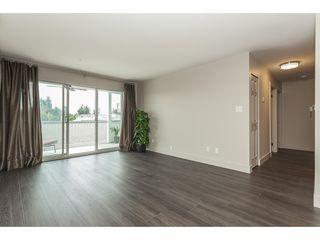 Photo 3: 206 31850 Union Avenue in Abbotsford: Abbotsford West Condo for sale : MLS®# R2392804