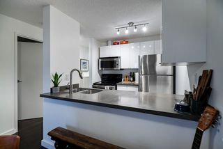 "Main Photo: 604 1040 PACIFIC Street in Vancouver: West End VW Condo for sale in ""Chelsea Terrace"" (Vancouver West)  : MLS®# R2433739"