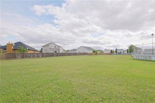 Photo 23: 18 Sandy Lake Place in Winnipeg: Waverley Heights Residential for sale (1L)  : MLS®# 202022781