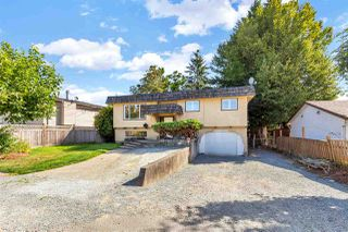 Photo 1: 7564 MAY Street in Mission: Mission BC House for sale : MLS®# R2495667
