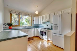 Photo 4: 230 EDGEDALE Place NW in Calgary: Edgemont Semi Detached for sale : MLS®# A1036042
