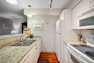 Photo 20: 501 827 Fairfield Rd in : Vi Downtown Condo for sale (Victoria)  : MLS®# 856571