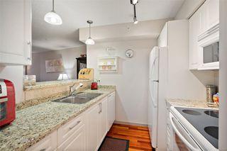 Photo 19: 501 827 Fairfield Rd in : Vi Downtown Condo for sale (Victoria)  : MLS®# 856571