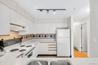 "Photo 10: 303 3505 W BROADWAY Street in Vancouver: Kitsilano Condo for sale in ""COLLINGWOOD PLACE"" (Vancouver West)  : MLS®# R2503438"