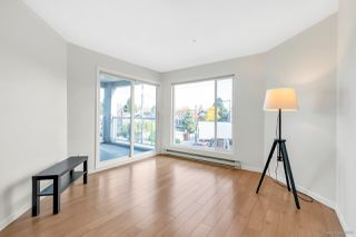"Photo 6: 303 3505 W BROADWAY Street in Vancouver: Kitsilano Condo for sale in ""COLLINGWOOD PLACE"" (Vancouver West)  : MLS®# R2503438"