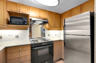 "Photo 13: 2 2375 W BROADWAY in Vancouver: Kitsilano Condo for sale in ""TALIESIN"" (Vancouver West)  : MLS®# R2524547"
