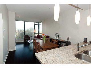 """Photo 2: 1006 7088 18TH Avenue in Burnaby: Edmonds BE Condo for sale in """"PARK 360"""" (Burnaby East)  : MLS®# V874410"""