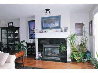 "Photo 2: 29 22751 HANEY in Maple Ridge: East Central Townhouse for sale in ""RIVER EDGE"" : MLS®# V911162"