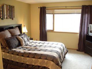 Photo 7: 34 Kennington Bay in Winnipeg: South St Vital Single Family Detached for sale (South Winnipeg)  : MLS®# 1222768