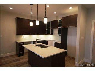 Photo 1: 202 2850 Aldwynd Rd in VICTORIA: La Fairway Condo for sale (Langford)  : MLS®# 669812