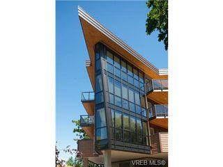 Photo 2: 202 2850 Aldwynd Rd in VICTORIA: La Fairway Condo for sale (Langford)  : MLS®# 669812