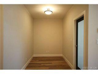 Photo 7: 202 2850 Aldwynd Rd in VICTORIA: La Fairway Condo for sale (Langford)  : MLS®# 669812