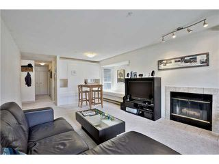 Photo 2: 202 2287 W 3RD Avenue in Vancouver: Kitsilano Condo for sale (Vancouver West)  : MLS®# V1069767