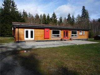 Photo 3: 5757 GOWLAND Road in Sechelt: Sechelt District House for sale (Sunshine Coast)  : MLS®# V1089014