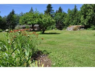 Photo 11: 5757 GOWLAND Road in Sechelt: Sechelt District House for sale (Sunshine Coast)  : MLS®# V1089014