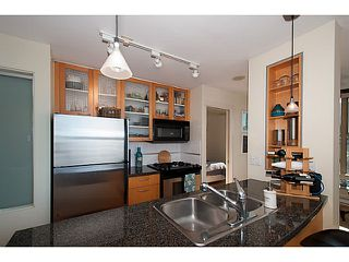 "Photo 7: 2202 969 RICHARDS Street in Vancouver: Downtown VW Condo for sale in ""Mondrian II"" (Vancouver West)  : MLS®# V1093409"