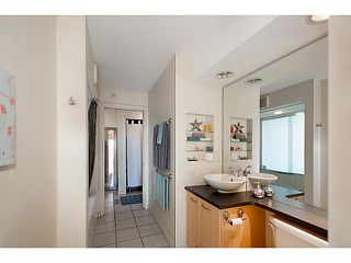 "Photo 14: 2202 969 RICHARDS Street in Vancouver: Downtown VW Condo for sale in ""Mondrian II"" (Vancouver West)  : MLS®# V1093409"