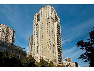 "Photo 20: 2202 969 RICHARDS Street in Vancouver: Downtown VW Condo for sale in ""Mondrian II"" (Vancouver West)  : MLS®# V1093409"