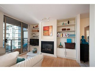 "Photo 2: 2202 969 RICHARDS Street in Vancouver: Downtown VW Condo for sale in ""Mondrian II"" (Vancouver West)  : MLS®# V1093409"