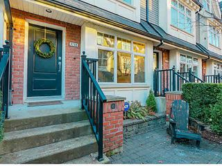 "Photo 2: 3732 WELWYN Street in Vancouver: Victoria VE Townhouse for sale in ""Stories"" (Vancouver East)  : MLS®# V1095770"