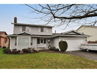 Photo 1: 14760 87A Avenue in Surrey: Bear Creek Green Timbers House for sale : MLS®# F1431665
